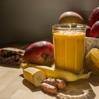 Banana Mango Turmeric Smoothie
