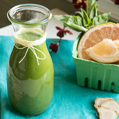 Grapefruit, Basil and Ginger Smoothie